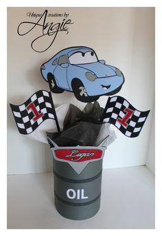 SCRAPPIN MEMORIES: Disney cars centerpieces