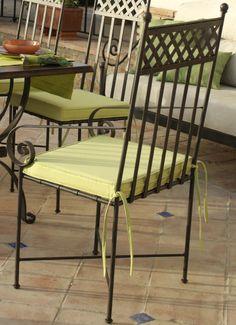 Sillón mod. Niza, fabricado en forja de forma artesanal, se puede cambiar el color de la forja y tapizado