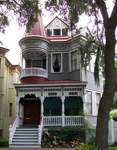 The novel I'm drafting features a Victorian house for an extended family. Here's some inspiration. Savannah, Georgia