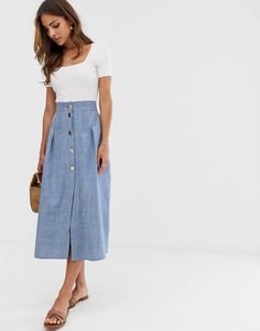 Buy ASOS DESIGN seamed chambray midi skirt with gold buttons at ASOS. Get the latest trends with ASOS now. Jupe Midi Chambray, Denim Maxi, Denim Skirt, Midi Rock Outfit, Midi Skirt Outfit, Pleated Midi Dress, Dress Skirt, Long Skirt Outfits For Summer, Fashion Clothes