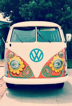 Cute Flower Power VW Transporter, Volkswagen minibus VW Van Type 1 #vintage cars #vintage Instant printable vintage photos