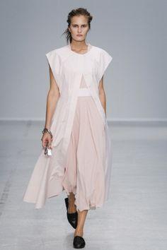 Sfilata Veronique Leroy Paris - Collezioni Primavera Estate 2014 - Vogue