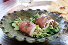 Get creative with this sensational starter where the salad is wrapped inside the prosciutto bundles. Wrap Recipes, Lunch Recipes, Keto Recipes, Healthy Recipes, Easy Recipes, Bunless Burger, Roasted Root Vegetables, Butter Chicken, Prosciutto