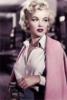 Marilyn Monroe                                                                                                                                                      Más