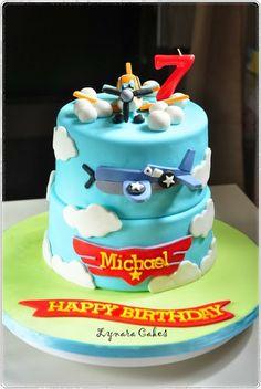 Lynara Cakes: Disney Planes : Dusty n Skipper Disney Planes Cake, Disney Cakes, Little Boy Cakes, Cakes For Boys, Sweet Sixteen Decorations, Fondant, Planes Birthday, Bithday Cake, Specialty Cakes