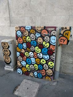 Keep smiling! #Smiling #StreetArt
