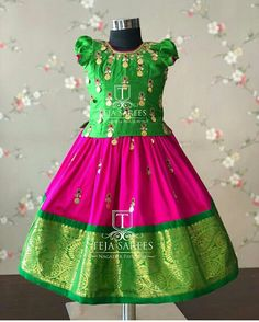 Kids Frocks, Frocks For Girls, Dresses Kids Girl, Kids Outfits, Baby Dresses, Baby Outfits, Kids Dress Wear, Kids Gown, Kids Wear