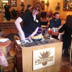 What's Cookin, Chicago?: El Mariachi Bar & Grill {review}