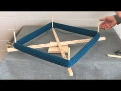 This video demonstrates the unpackaging, assembly, usage, and complete teardown of the Fiber Artist Supply Company tabletop yarn swift. Knitting Videos, Knitting Yarn, Drop Spindle, Yarn Bag, Artist Supplies, Yarn Thread, Creative Crafts, Clothes Hanger, Swift