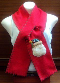$25.000 COP Bufanda navideña hecha en fleese para niños y adultos Christmas Treats, Santa, Diy Crafts, Sewing, Holiday Decor, Crochet, Random, School, Fashion