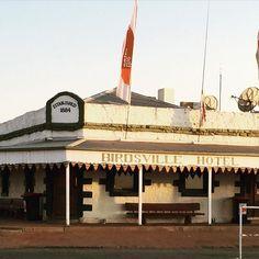 #Birdsvilleraces #birdsville #horseracing #bush #pub #thisisqueensland #outback #australia by ciaranhandy