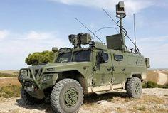 El Ejército da luz verde a los VAMTAC de reconocimiento