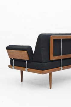 Peter Hvidt & Orla Mølgaard-Nielsen sofa at Studio Schalling #Sofa