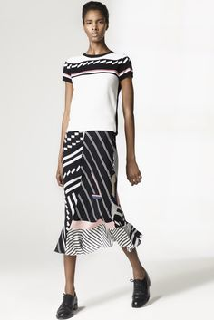 http://www.style.com/slideshows/fashion-shows/resort-2016/preen-by-thornton-bregazzi/collection/29