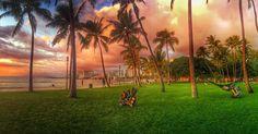 San Souci Beach i närheten av Diamond Head, vid kanten av Waikiki. Lugn strand med litet rev, inte så mycket vågor. Waikiki Beach, Sit Back And Relax, Hawaii Travel, Strand, Insta Pic, Golf Courses, Nature Photography, Shots, Sky