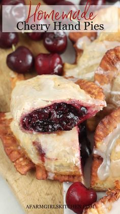 Cherry Hand Pies, Homemade Cherry Pies, Homemade Pie, Pie Crust Recipes, Pastry Recipes, Pie Fillings, Thanksgiving Recipes, Fall Recipes, Grandma's Recipes
