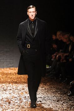 MCQ FALL 2012 RTW (via Elle.com)