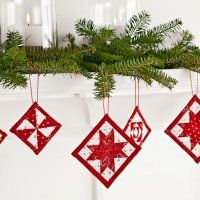 Quilted Tree Ornaments.  Love the simple red and white colour scheme