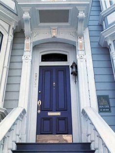 55 Ideas for blue front door colors sherwin williams curb appeal Best Front Door Colors, Best Front Doors, Front Door Paint Colors, Painted Front Doors, Traditional Front Doors, Shutter Colors, Pintura Exterior, Door Picture, Yellow Doors