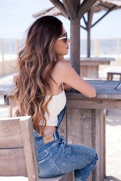 This season, the warmth and natural looking shades of brown hair color will capture your heart young ladies! The brown hair color ideas will make you feel Cabelo Tiger Eye, Summer Hairstyles, Pretty Hairstyles, Hairstyles Haircuts, Long Haircuts, Hairstyles Pictures, Men's Hairstyle, Funky Hairstyles, Formal Hairstyles