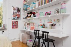 Ikea Algot, Playroom Shelves, Playroom Organization, E Room, Kids Room, Ikea Kids, Toy Rooms, Kid Table, Big Girl Rooms
