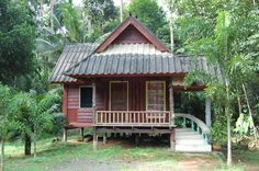RED HOUSE Small Wooden House, Bali House, Little Houses, House In The Woods, Home Fashion, Country Living, Home Goods, House Plans, Places To Visit
