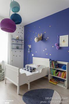 Une chambre bleue pour voir la vie en rose, Région Parisienne, Delphine Guyart - décorateur d'intérieur