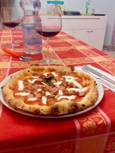 Amazing #Pizzas with #ZioCiro Subito Cotto for the epiphany's witch