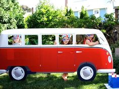 photo booth prop. How cute would a school bus be??