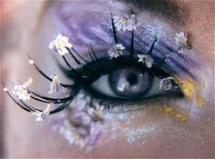 This eye make up is so pretty, though not an everyday option. The little flowers attached to the lashes look so cool. Pretty Eyes, Cool Eyes, Beautiful Eyes, Amazing Eyes, Amazing Makeup, Gorgeous Makeup, Beautiful Flowers, Beauty Makeup, Hair Makeup