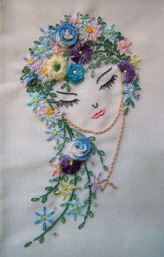 tosto de mulher com flores