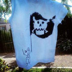 ¡Nuevo descubrimiento! Pintar camisetas con ceras de colores