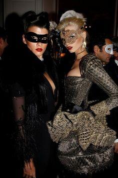modelos con mascaras venecianas - Buscar con Google