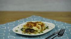 Lazanya tadında lahana tarifi hazırladık. Beşamel sosla lahananın uyumuna şaşırdık kaldık.