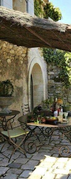 Super dining area...