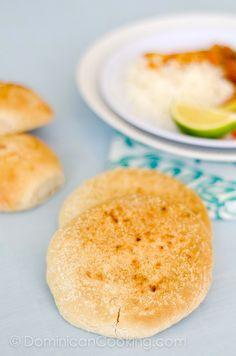 Pan de coco | La Cocina Dominicana de Tía Clara