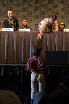 Nathan Fillion meets Mini-Mal  2010 San Diego Comic Con