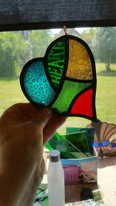 Painted Glass Art Old Windows Stained Glass Paint, Stained Glass Designs, Stained Glass Projects, Stained Glass Windows, Pebeo Vitrail, Glass Wall Art, Mosaic Glass, Colored Glass, Hand Painted