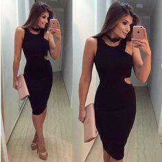 Look já com cara de final de semana! Vestido maravilhoso no site e nosso colar tb!!  @arianecanovas #fuidedressingup