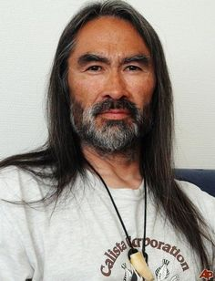 Descendant: This photo provided by Robert E. Peary II, also known as Hivshu Ua, shows him in Qaanaaq, Greenland. He is the Inuit great-grandson of U. polar explorer Rear Admiral Robert E. Native American Wisdom, Native American Indians, Native Americans, American History, Robert Peary, Inuit People, Pin Man, Rear Admiral, Model Face