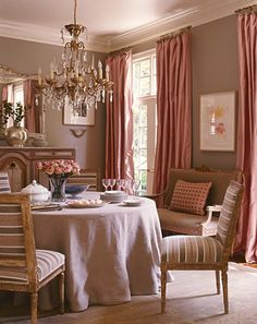 Hranowsky Coral Dining Room