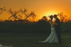 mini-wedding, casamento em brasilia, vintage wedding, do it yourself, DIY, fabio oliveira, decoracao vintage, baloes no casamento, decoracao com garrafas, ensaio noivos