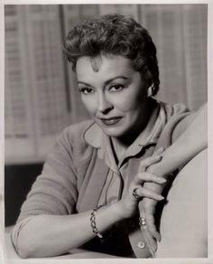 """Christine Penmark (Nancy Kelly) """"THE BAD SEED"""" (1956) Haunted Movie, Carroll Baker, The Rainmaker, Deborah Kerr, The Bad Seed, Ingrid Bergman, Old Movies, Anastasia, Seeds"""