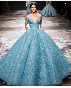 fbb2da81d3 1138 Best Gorgeous Gowns images in 2019