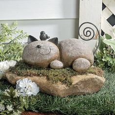 Resting Cat Stone - OrientalTrading.com I'd rather gather stones & make my own...my cat's face is thinner. Lol