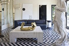 Pavilion of the Bellagio Residence, Bel Air, California. Courtesy of Kelly Wearstler. From the L'AB feature: Lady Luxe: An interview with Kelly Wearstler, the reigning queen of American interior design. Decor, Best Interior, Kelly Wearstler Living Room, Interior Design, Interior Spaces, Home Decor, Top Interior Designers, Living Spaces, Kelly Wearstler Interiors