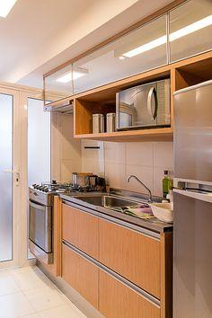 Helena Kallas: Apartamento decorado construtora Even +https://www.pinterest.com/pin/560698222349851547/