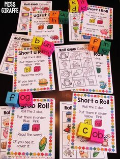 Short vowel word family games to practice reading CVC words! Cvce Words, R Words, Nonsense Words, Phonics Words, Word Family Activities, Cvc Word Families, Family Games, Short I Worksheets, Teacher Problems