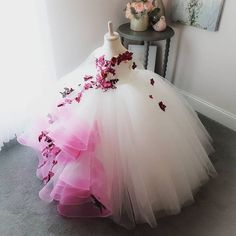 Falling Petals Flower Girl's Dress Full Leng Order Kids Children's Ball Gowns Dresses True Style Never Dies Baby Girl Birthday Dress, Baby Girl Party Dresses, Girls Pageant Dresses, Gowns For Girls, Dresses Kids Girl, Birthday Dresses, Baby Dress, Dresses For Children, Flower Girl Gown