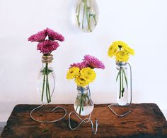 how to make Light Bulb Vase